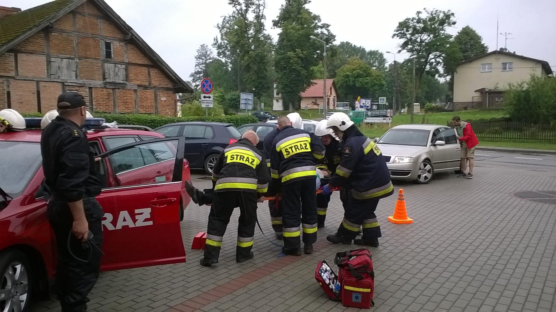 prawa - ćwiczenia straży pożarnej (2)
